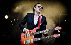 "JOE BONAMASSA to release new solo album ""Different Shades Of Blue"" on September 23"