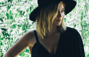 HILARY DUFF TO VISIT AUSTRALIA FOR A PROMOTIONAL TOUR
