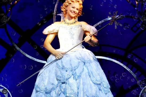 WICKED HAS A NEW GLINDA!