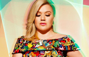 KELLY CLARKSON RELEASES NEW ALBUM PIECE BY PIECE