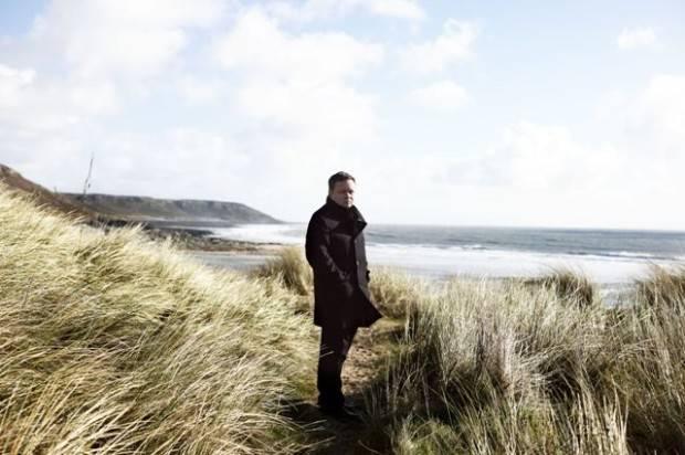 PAUL POTTS' FOURTH STUDIO ALBUM OUT TODAY