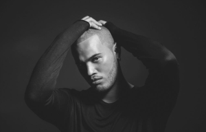 SPECIAL GUEST STAN WALKER TO SUPPORT GRAMMY AWARD WINNER KELLY CLARKSON