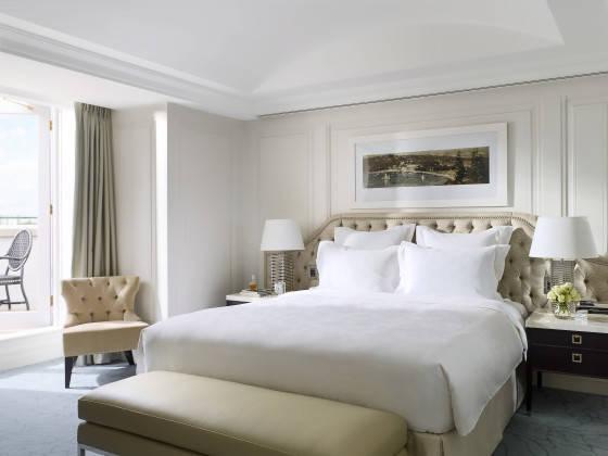 Langham Suite Bedroom