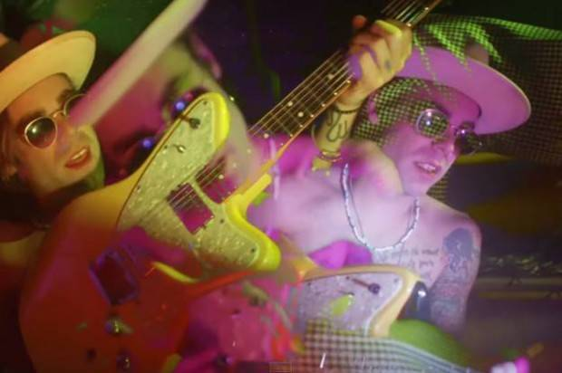 """MOD SUN RELEASES NEW MUSIC VIDEO FOR """"FREE LOVE"""""""