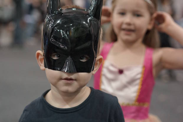 MAKE DAD THE SUPERHERO THIS FATHER'S DAY WITH TICKETS TO OZCON