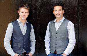 Irish Singer Ryan Kelly Talks On New Tour With :Byrne & Kelly