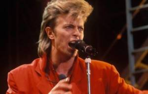 Tribute to Pop Legend David Bowie Dies At 69