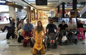 Kong: Skull Island Stars Having Fun On Gold Coast With Animal Scooters