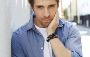 Hugh Sheridan Joins  House Husbands
