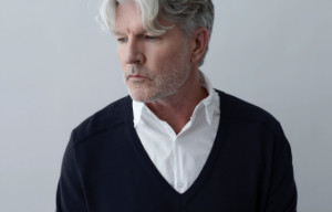 EXCITEMENT IS PUMPING FOR HELPMANN AWARDS WITH LADIES IN BLACK & TIM FINN