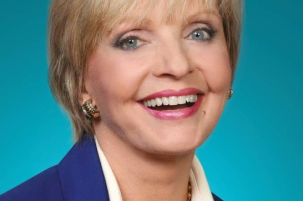 Florence Henderson The Brady Bunch dies at 82.
