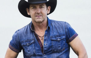 Lee Kernaghan To Perform CMC Music Awards