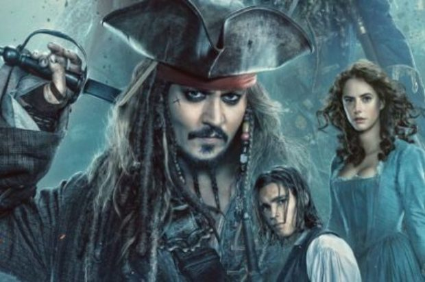 FILM REVIEW  PIRATES OF THE CARIBBEAN: DEAD MEN TELL NO TALES