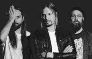 "Von Hertzen Brothers announce new album ""War Is Over"""