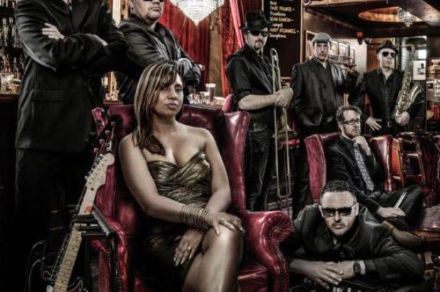 Award winning singer song-writer Andrea Marr announces new album