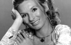 HOLLYWOOD ACTRESS  CLORIS LEACHMAN DIES 94