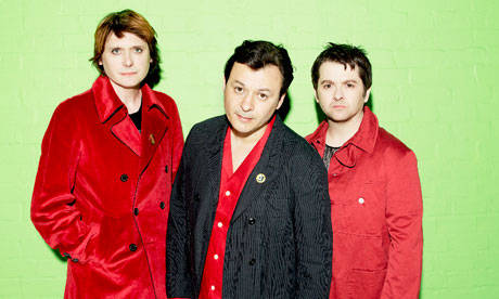 MANIC STREET PREACHERS TO RELEASE NEW ALBUM 'FUTUROLOGY' ON 11TH JULY