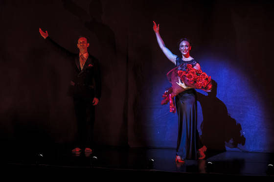 Daryl Brandwood and Elise May_The Red Shoes