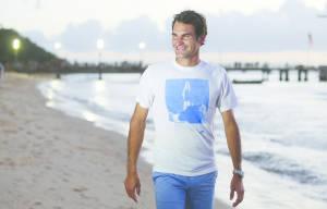 Roger Federer Feeds Dolphins in Brisbane