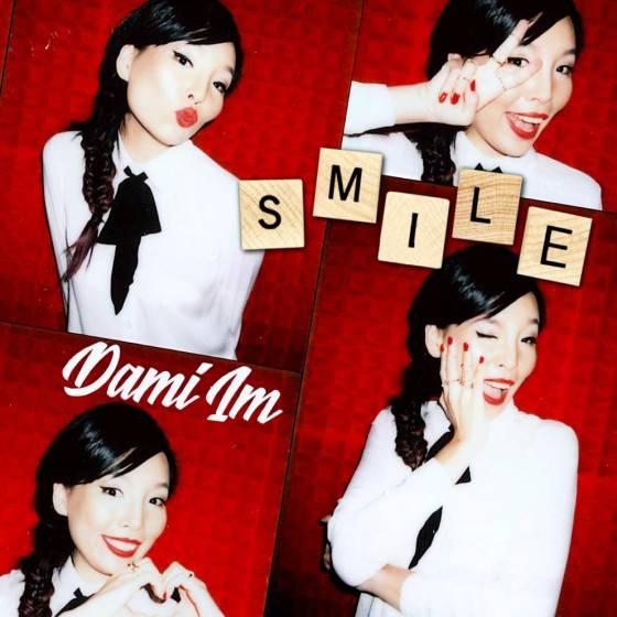 DAMI IM - SMILE Single