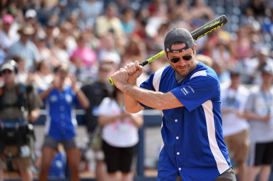 NASHVILLE, TN - JUNE 13: Actor Charles Esten showed of his softball skills for charity at City of Hope's 25th Annual Celebrity Softball Game at the new First Tennessee Park during CMA Music Festival in Nashville.  (Photo by John Shearer/Getty Images for City Of Hope) *** Local Caption *** Chip Esten