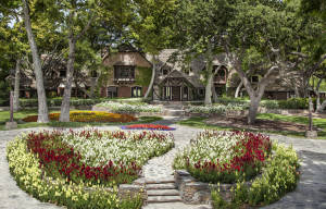 HOT HOME SALE NEWS: MICHAEL JACKSON'S NEVERLAND RANCH IS FOR SALE