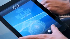 Teleena-KLM-sign-agreement-iPad4Crew-project