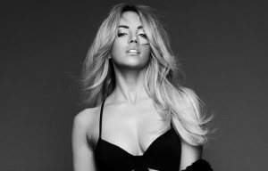 SAMANTHA JADE'S NEW ALBUM 'NINE' OUT TODAY!