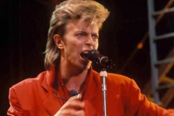 Tribute to Pop Legend David Bowie Dies At 69