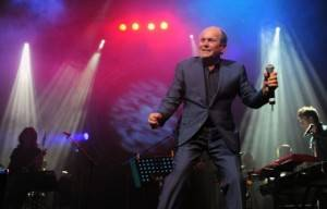 Double Passes Give Away To See Glenn Shorrock  At Twin Towns