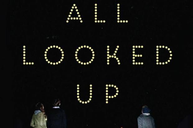 Book Review: We All Looked Up by Tommy Wallach