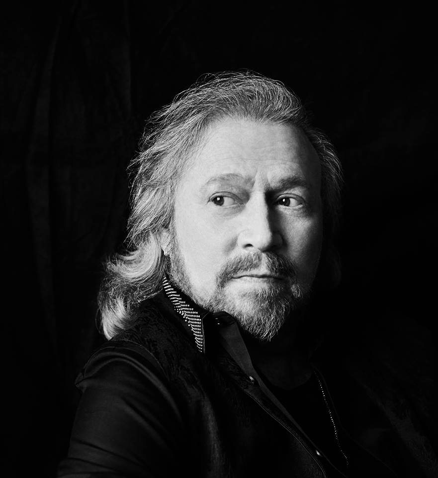 BARRY GIBB SIGNS TO COLUMBIA RECORDS