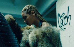 """BEYONCÉ AND ADELE LEAD NOMINATIONS FOR 2016 """"MTV VIDEO MUSIC AWARDS"""""""