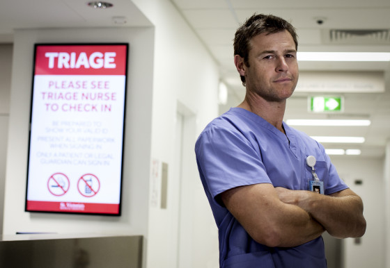 G.Rodger Corser as HUGH.DOCTOR DOCTOR.Photo Alina Gozina.1088.rtdas