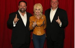 DOLLY PARTON'S PURE & SIMPLE DEBUTS #1 ON ARIA COUNTRY CHART!