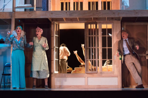 On Centre Stage :Noises Off Review