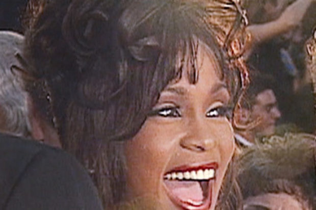 Film Review Documentary Whitney Houston :On  Let Me Be Me