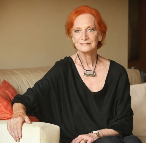 Cornelia Frances dies of cancer aged 77