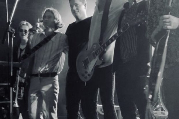LIVE BANDS  TOURNG…PORT ROYAL