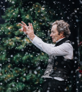 THE ENTHRALLING CHRISTMAS CLASSIC RETURNS  TO SET YOUR SPIRITS SOARING!
