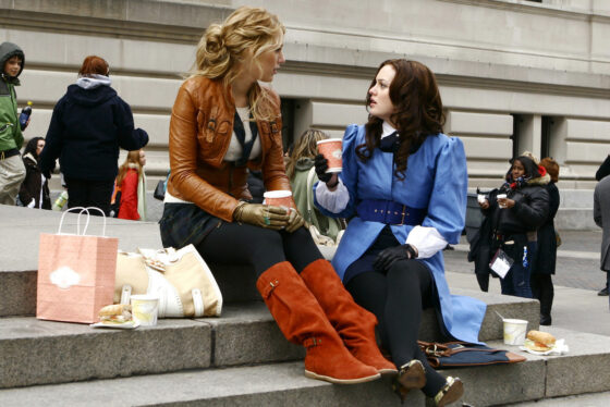 START 2021 WITH A BANG, WITH ALL SIX SEASONS OF THE HIT TEEN DRAMA GOSSIP GIRL