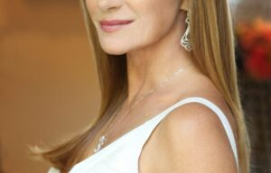 EMMY-WINNING ACTRESS JANE SEYMOUR TO STAR IN AND CO-EXECUTIVE PRODUCE ACORN TV'S NEW IRISH MYSTERY THRILLER SERIES HARRY WILD