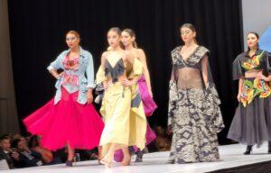 Ravishing Fashionistas Fashion Show Was Full Of Gold & Glitter